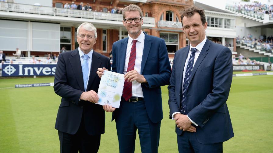 Daniels honoured by former PM for volunteer work