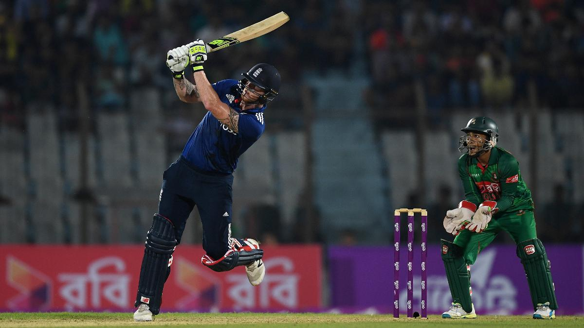 Ben Stokes goes on the attack during his unbeaten 47