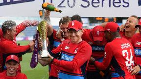 Highlights - England beat South Africa to win IT20 series