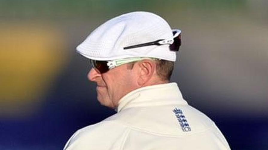 ECB pays tribute to Russell Evans