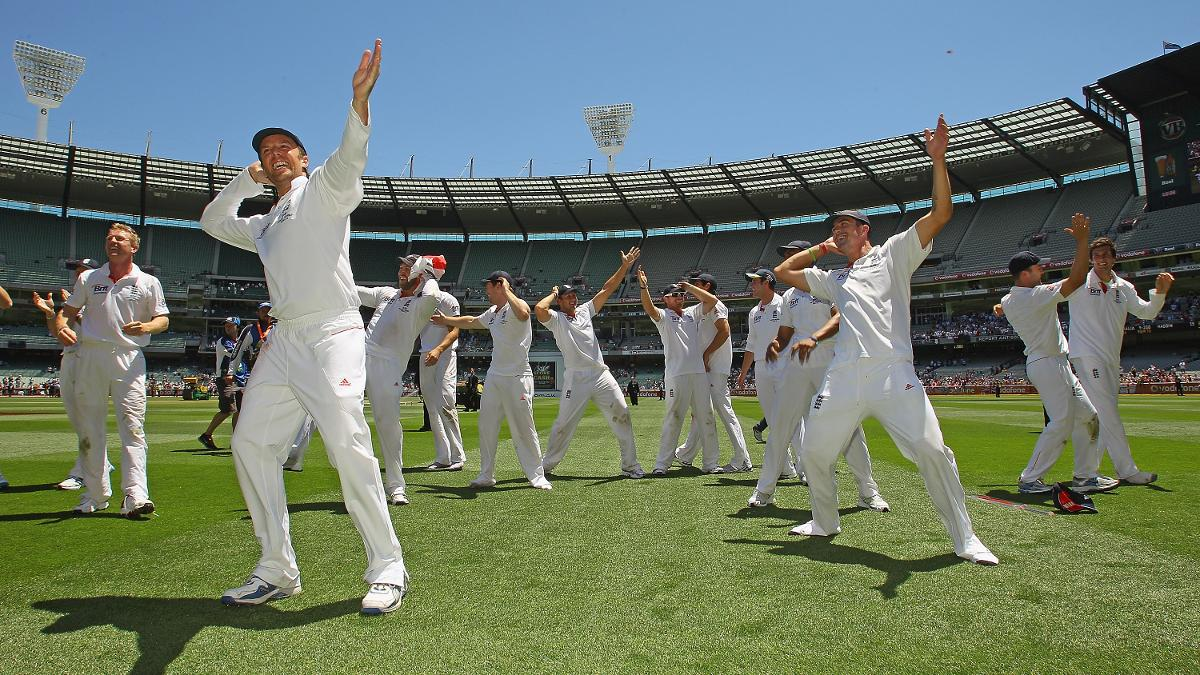 England retained the Ashes with victory in Melbourne in 2010