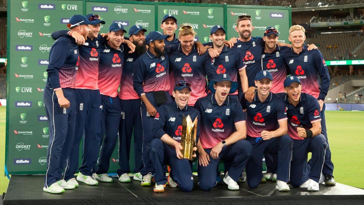England celebrate in Perth