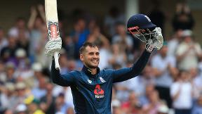 Alex Hales smashes 147 from 92 balls in world record total