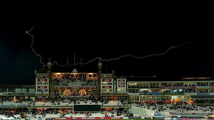 Lightning strikes call a halt to play at Kia Oval