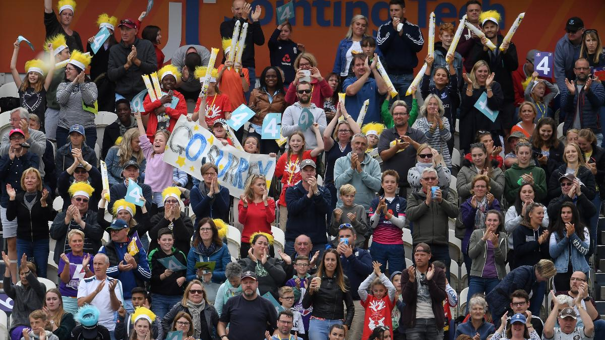 The crowd inside Hove show some love to Lizelle Lee after she reaches her century in the final