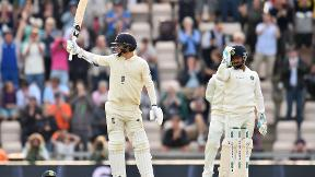 Curran saves England in fourth Test | Highlights - England v India Day 1