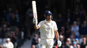 Cook scores 71 in final Test but India fight back | Highlights - England v India Day 1