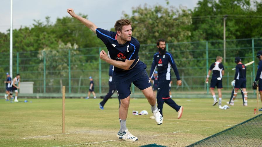 Dawson leaves Sri Lanka tour as Denly called up