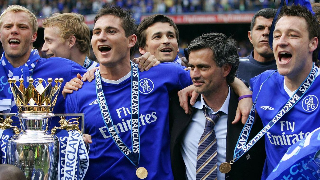 Frank Lampard and Jose Mourinho celebrate PL title