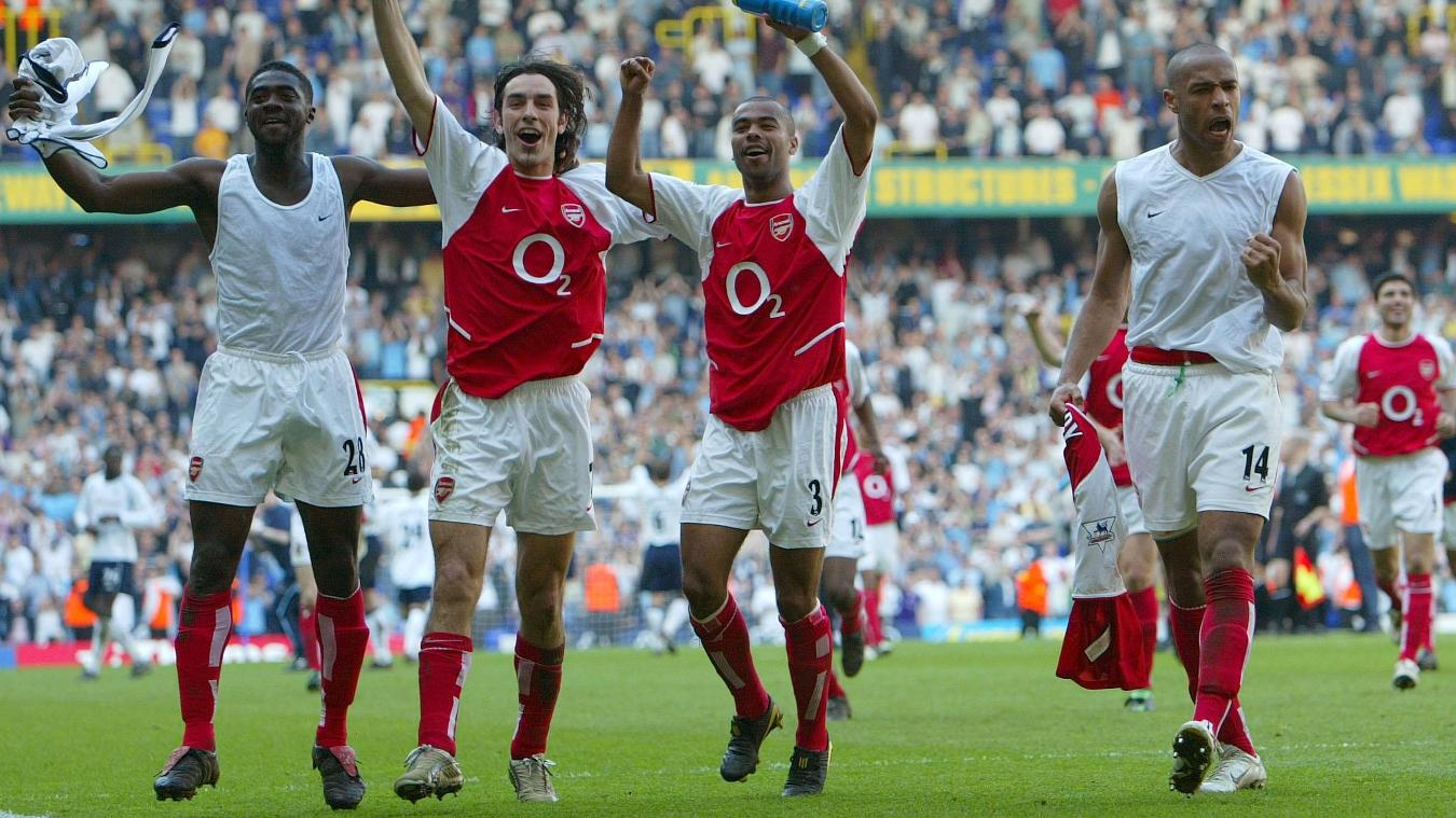 arsenal-celebrate-title-white-hart-lane-2003-2004-ars-tot-180616.jpg