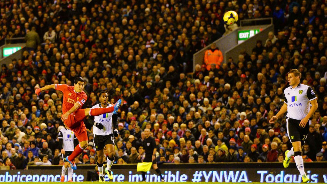 Luis Suarez scored 31 goals in the 2013/14 league campaign