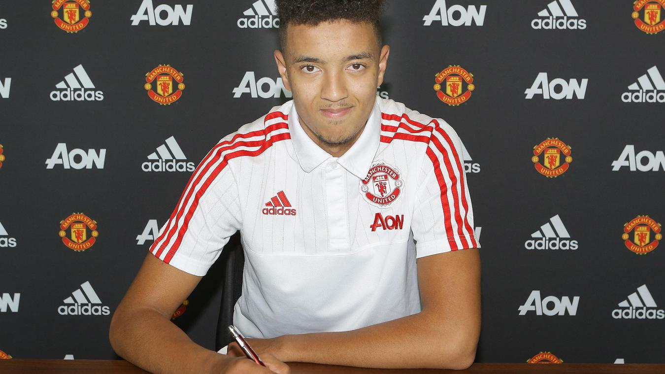 pulse-cameron-borthwick-jackson-man-utd-mun-sign-new-contract-1516.jpg