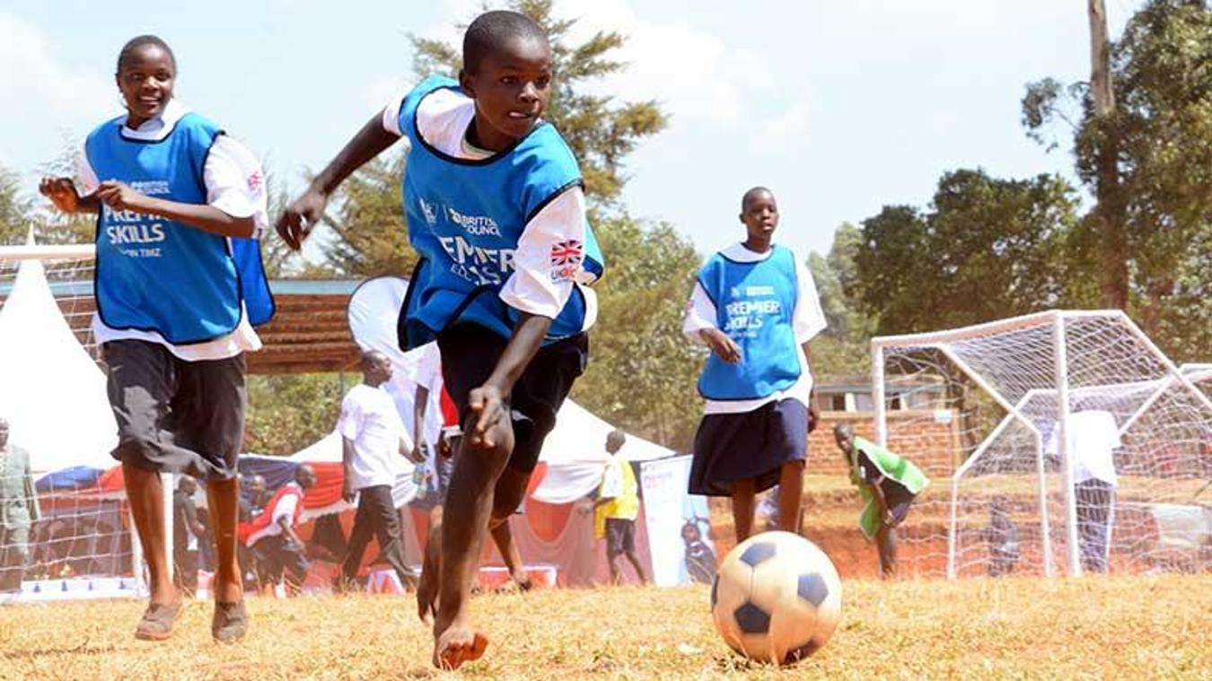 130315-premier-skills-kenya-kids-playing.jpg